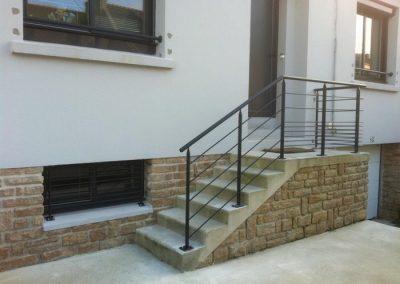 garde corps en acier escalier exterieur